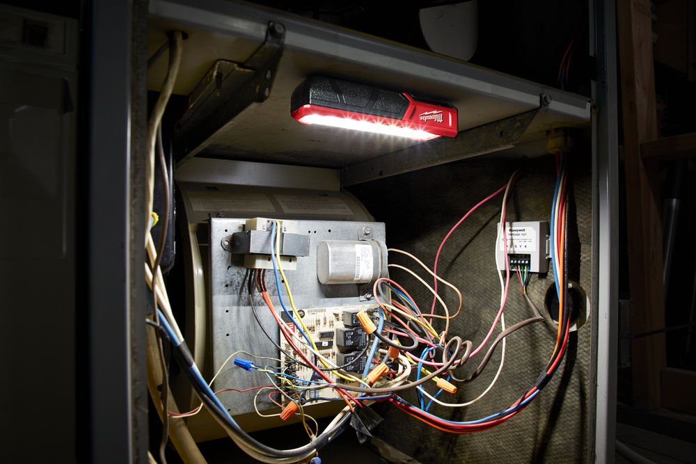 L4 FL-201 4V - TORCIA TASCABILE RICARICABILE CON USB 445 Lumen IP54 4933459442 prodottiferramenta
